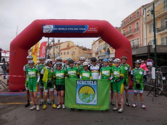 Le Green Gang pour sa traditionnelle photo de départ.